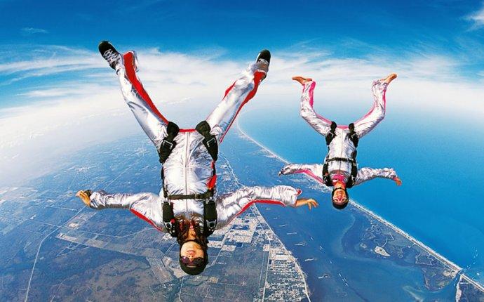 Экстрим в Ростове: прыжки с парашютом, дельтаплан, полеты на