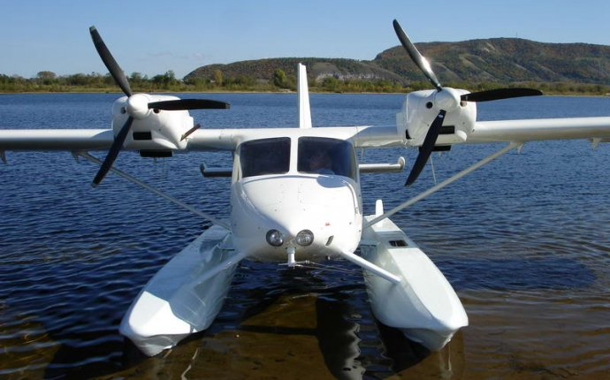 Еще один сухопутный самолет стал гидросамолетом