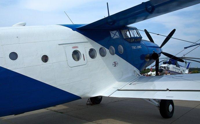 МАКС-2013: ТВС-2МС на стоянке - Первым делом самолеты