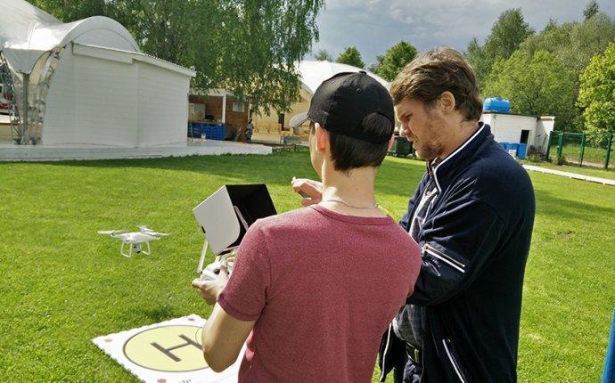Обучение полетам на квадрокоптере | Школа пилотирования в Москве